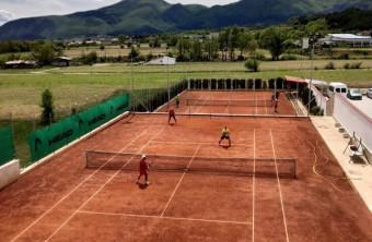 Тенис в подножието на Пирин в ТК Самандови!